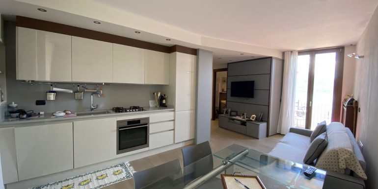 Apartment San Siro with Terrace and Lake View - kitchen