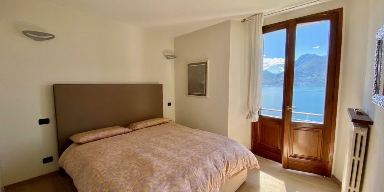 Apartment San Siro with Terrace and Lake View - bedroom