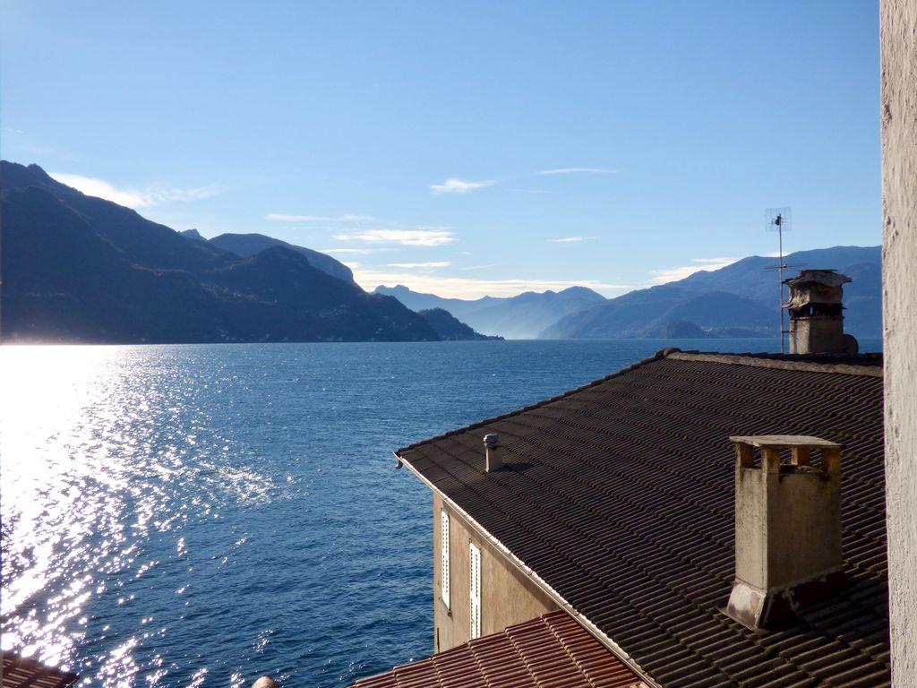 San Siro Apartment with Lake View