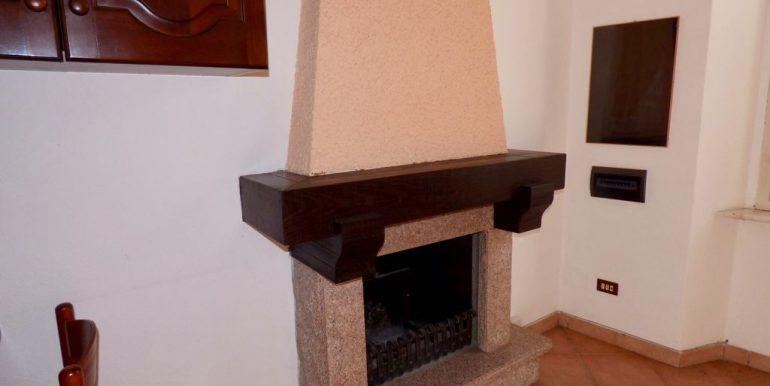 Apartment San Siro - fireplace