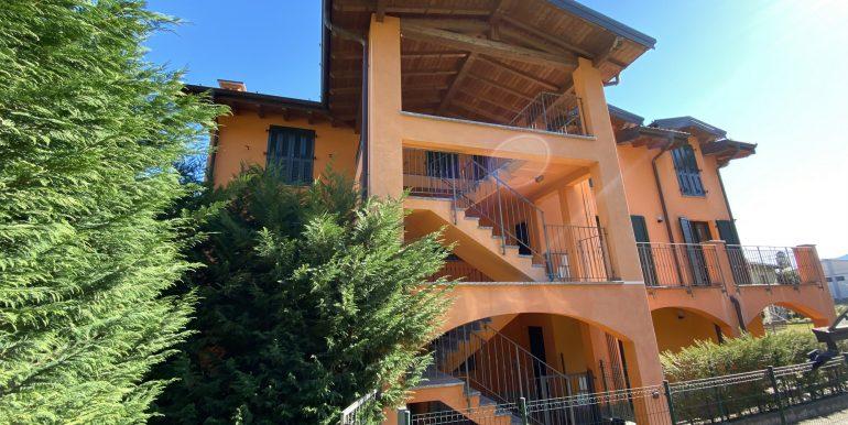 Apartment San Siro Lake Como with pool