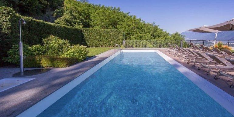 Apartment Lake Como Residence with Pool Domaso  - swimming pool