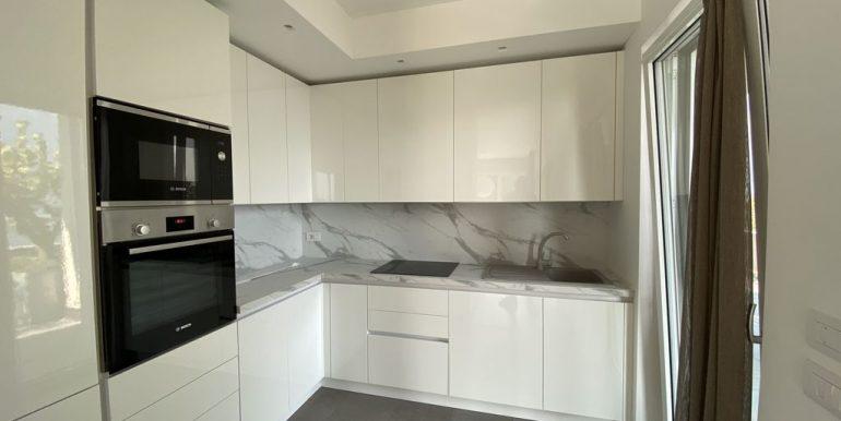Lake Como Vercana Luxury Apartment with Terrace - kitchen