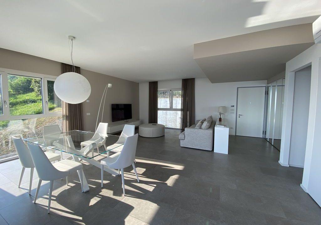 Lake Como Vercana Luxury Apartment with Terrace living