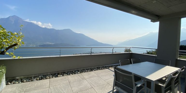 Lake Como Vercana Luxury Apartment with Terrace - terrace