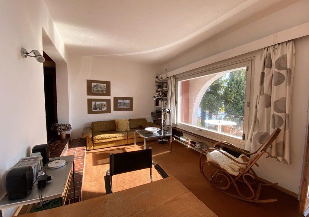 Lake Como Domaso Apartment with Swimming Pool - living