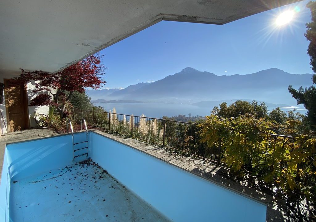 Lake Como Domaso Apartment with Swimming Pool - terrace