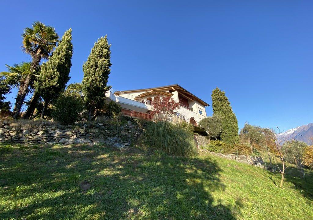Lake Como Domaso Apartment with Swimming Pool - sunny