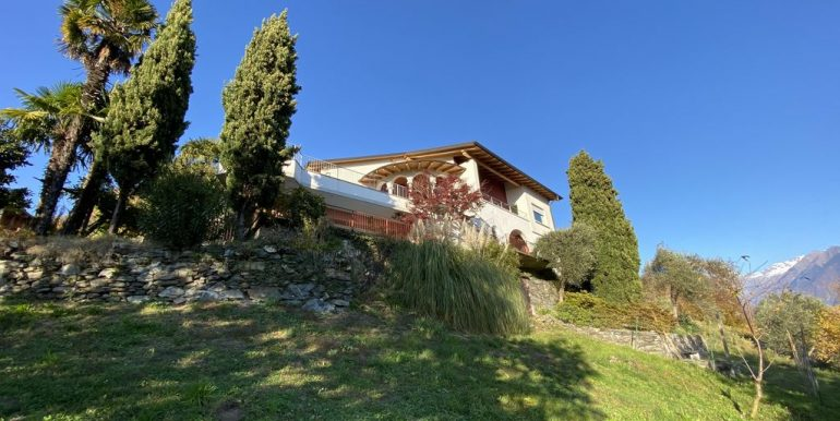 Lake Como Domaso Apartment with Swimming Pool - sunny