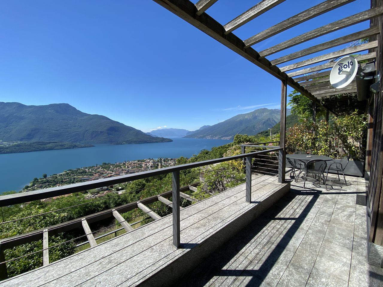 Lake Como Apartment with Terrace Domaso