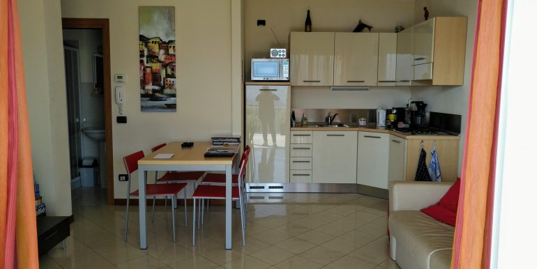 Apartment with Terrace and Lake View Domaso - kitchen