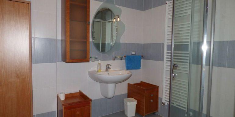 Apartment Vercana - bathroom
