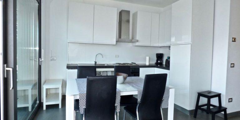 Apartment Vercana - kitchen