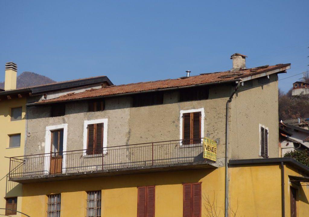 Apartment Vercana balcony and garden