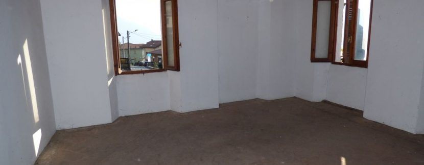 Apartment Vercana with private garden