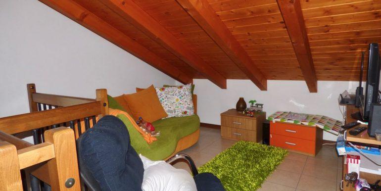Apartment Sorico wooden beams at sight
