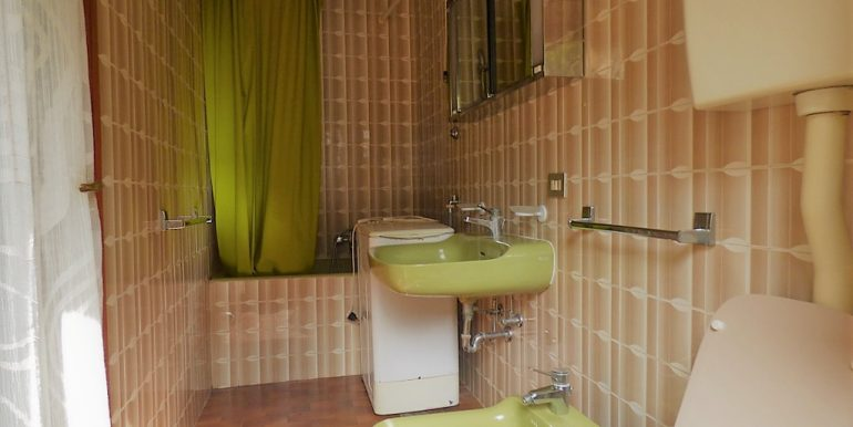 Bathroom in apartement - Lae Como -  Argegno