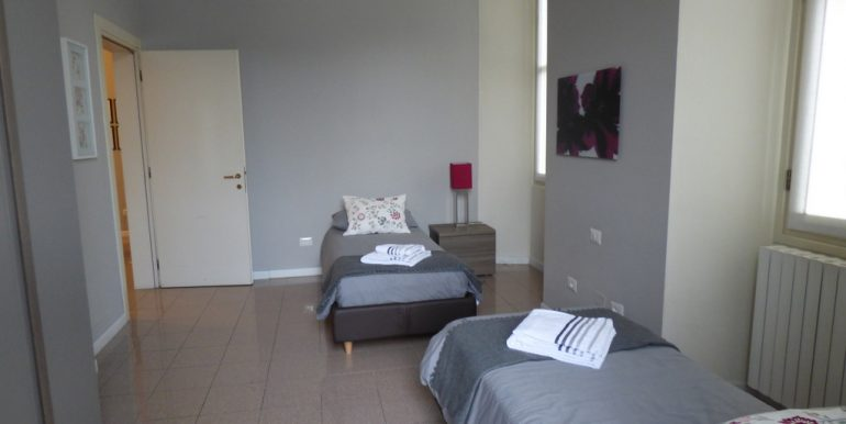 Menaggio - bedroom Lake Como Apartment