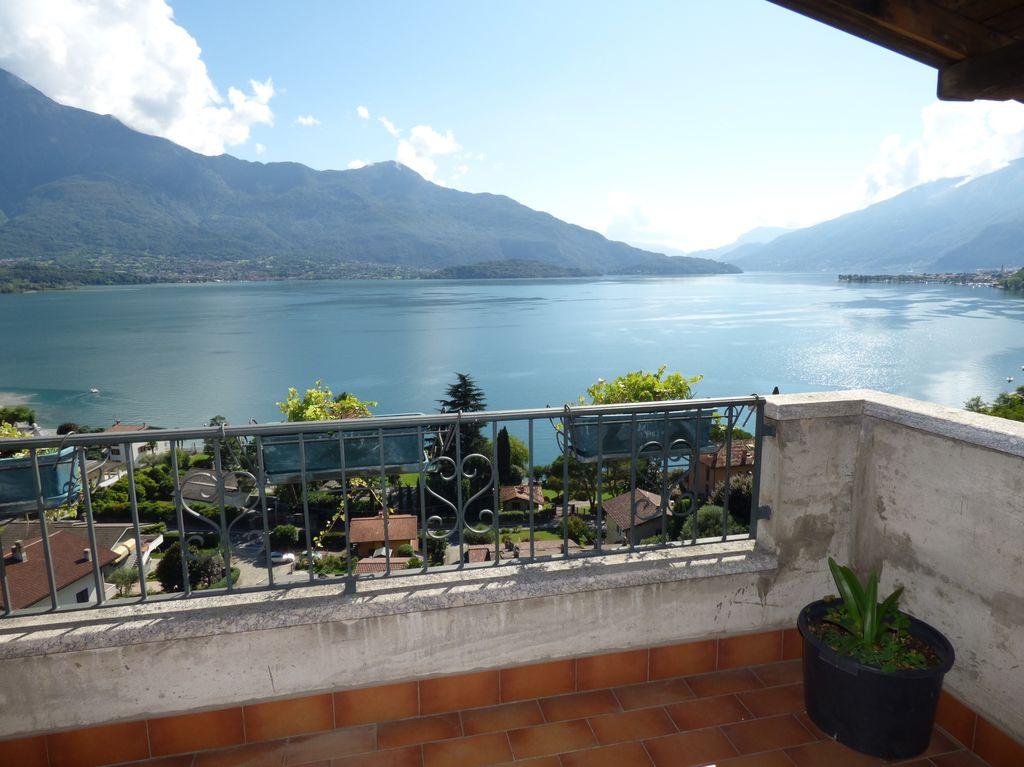 Apartment with Terrace Lake View Gera Lario