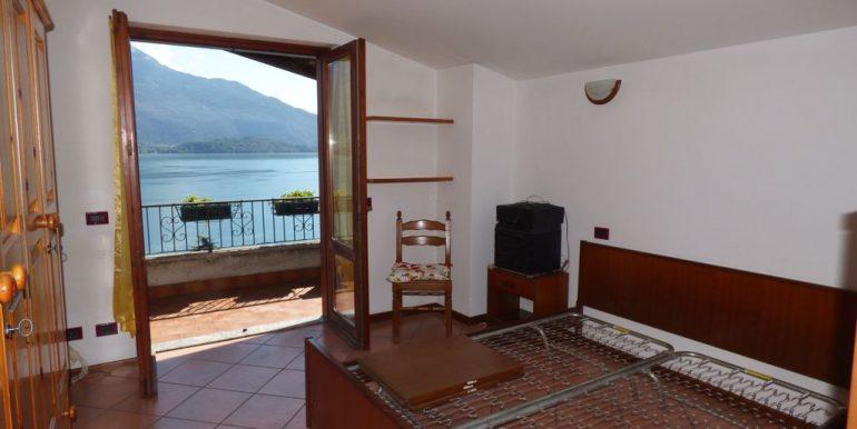 Apartment Gera Lario bedroom