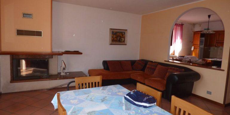 Apartment Gera Lario fireplace