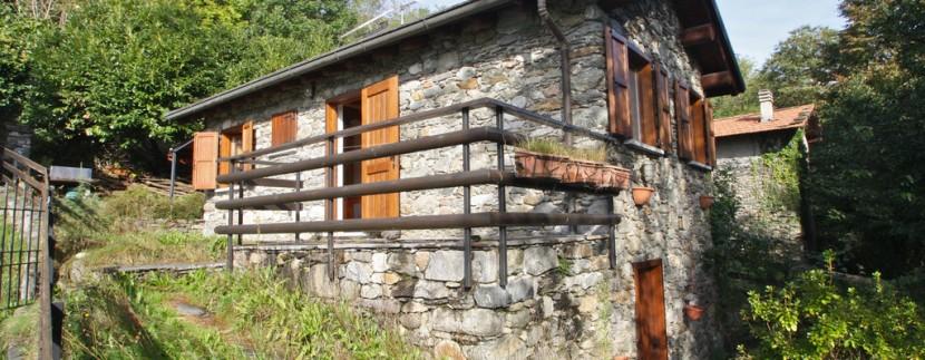 CASA 2 - Proprietà in Sasso con Terreno Pianello del Lario Lago Como Rif. C011-1.--7