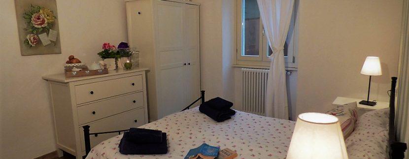 Bedroom in apartment Menaggio -  Lake Como