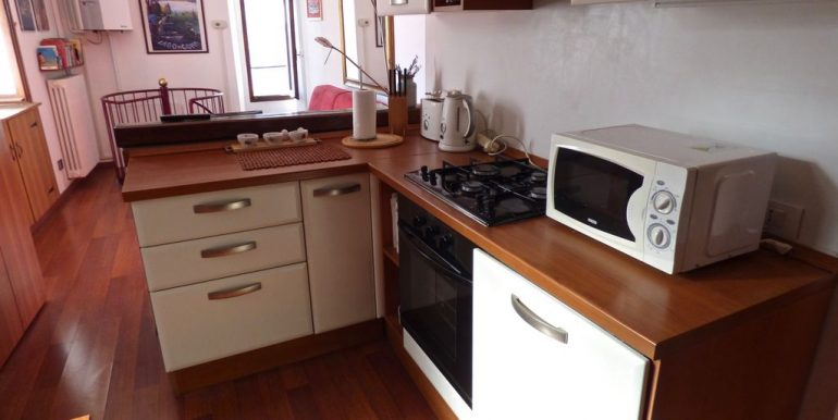 Lake Como Blevio House - kitchen