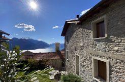 San Siro Beautiful Rustico with Fabulous Lake View - front