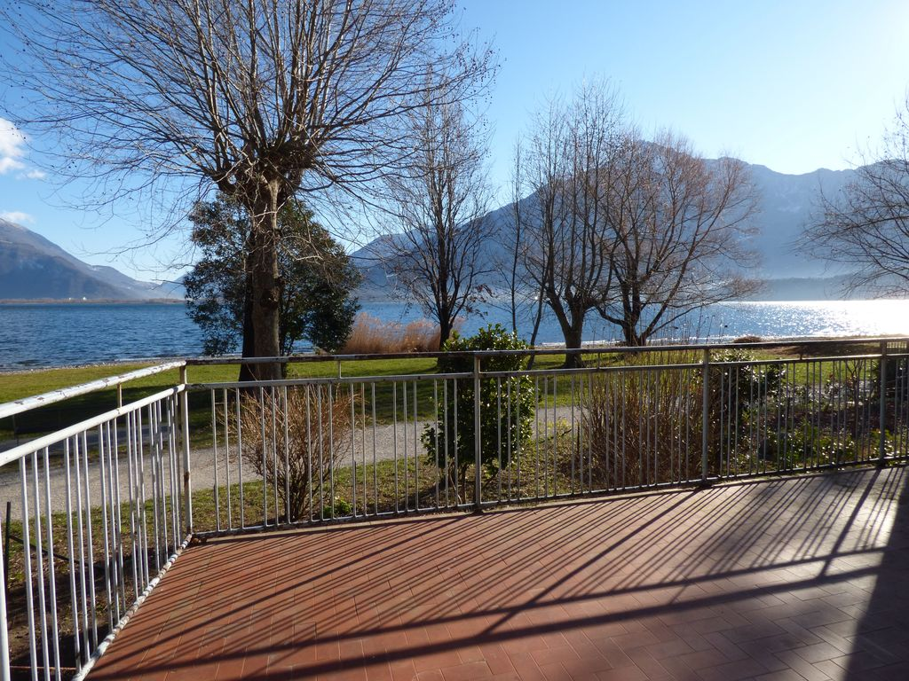 Lake Como Domaso House with Land Front Lake