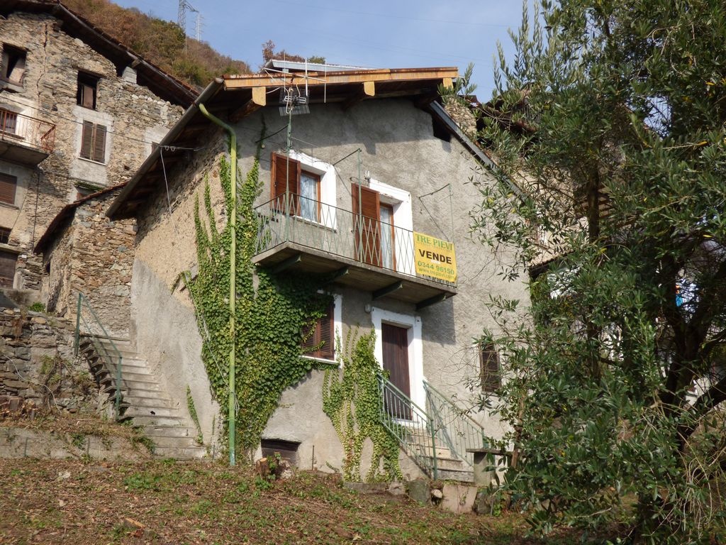 Detached House with Lake view Gravedona ed Uniti