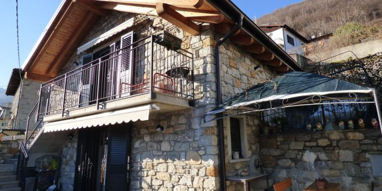 renovated House Gera Lario Hillside
