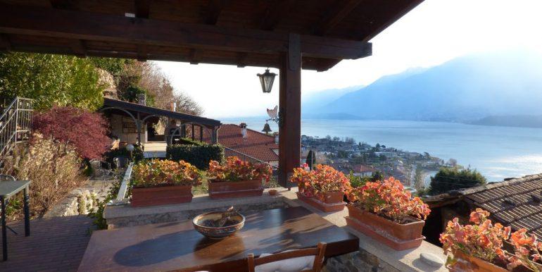 Lake Como Domaso Stone House - veranda