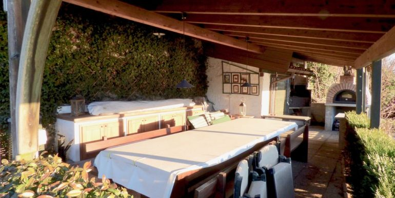 Lake Como Domaso Stone House - summer kitchen