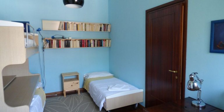 Villa Faggeto Lario - bedroom