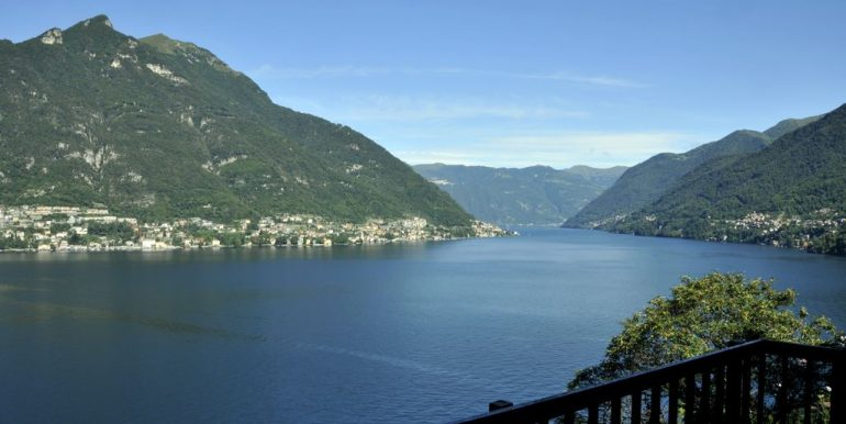 Front Lake Como Faggeto Lario Villa with Pool