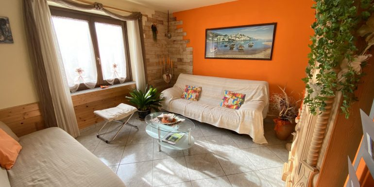 Detached House Gera Lario with 2 Apartments - living room