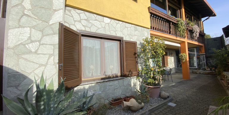 Detached House Gera Lario with 2 Apartments - outside