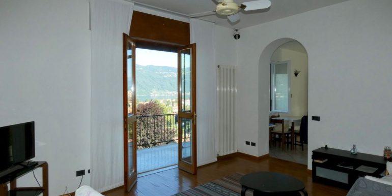 Detached Villa Mandello del Lario lake Como