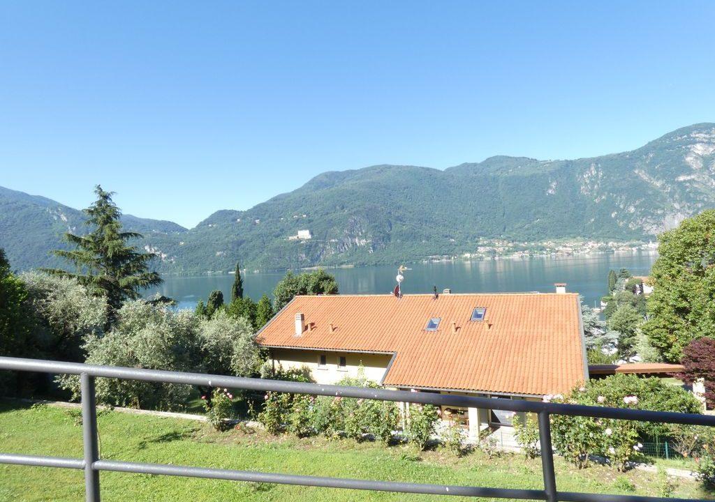 Detached Villa Mandello del Lario lake views