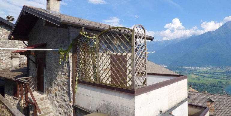 Gera Lario Detached House with Lake View