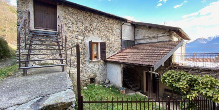 House with 2 Apartments Domaso Lake Como