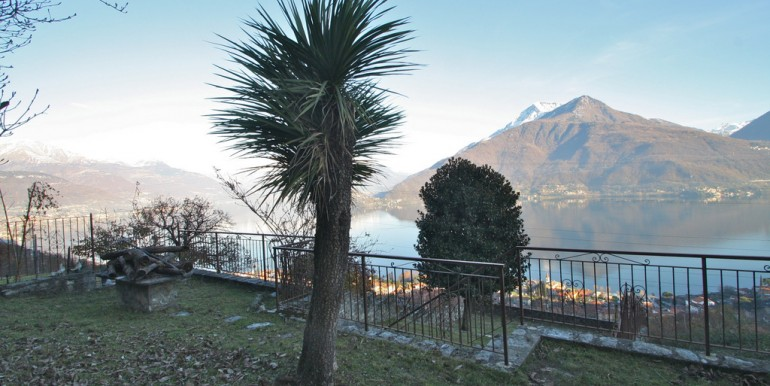 Lake Como Pianello del Lario House with Lake View
