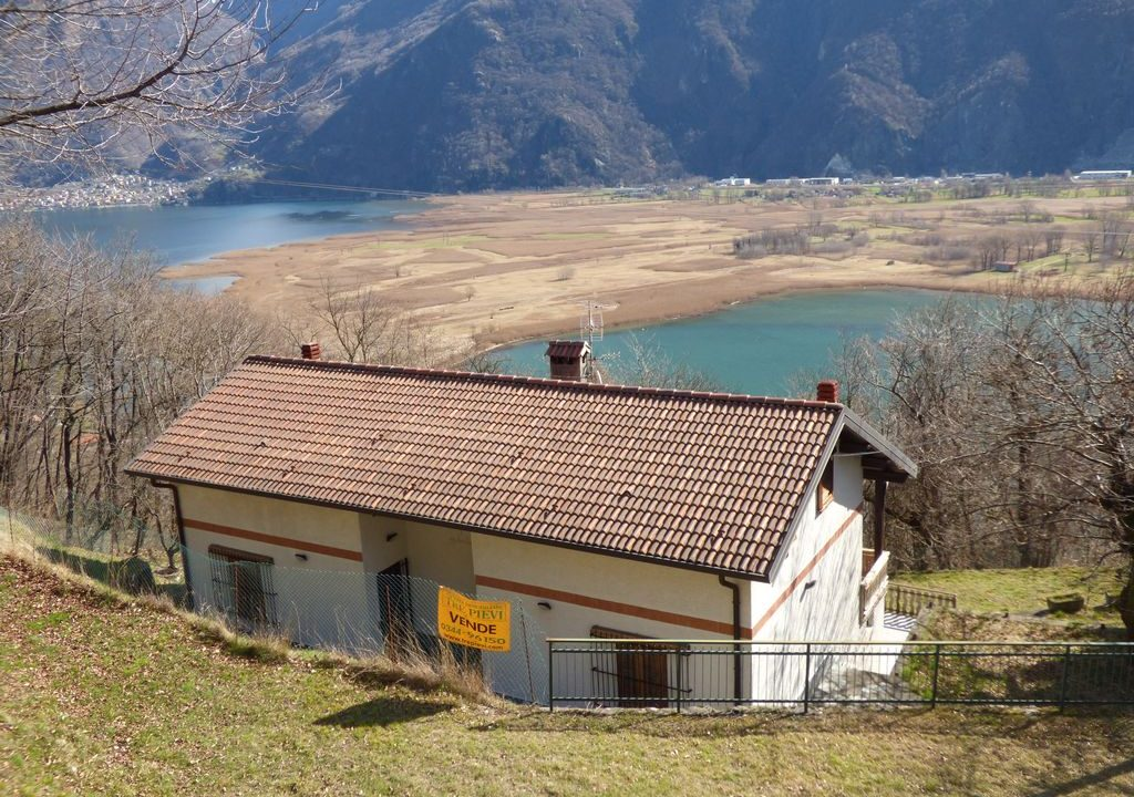 Detached house Sorico Lake Como