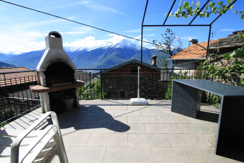 Lake Como Sorico Independent House with Terrace