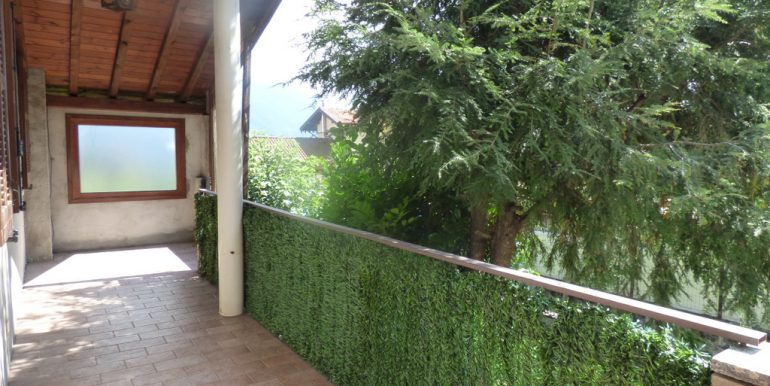 House Cremia with terrace