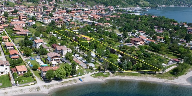 Camping Domaso Directly on Lake Como