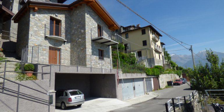 House Pianello del Lario with garden