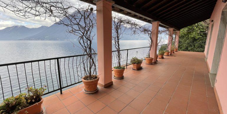 Lake Como Beautiful Lakefront Villa with Private Garden and Terrace - terrace