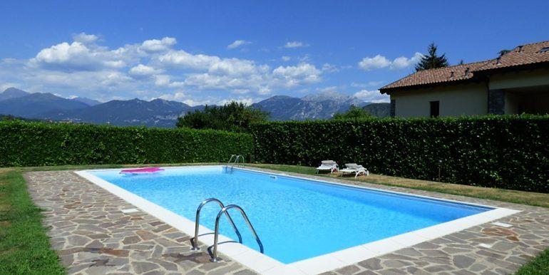 Swimming pool - Tremezzina with  garden